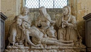 sculpture : lamentation sur le Christ mort